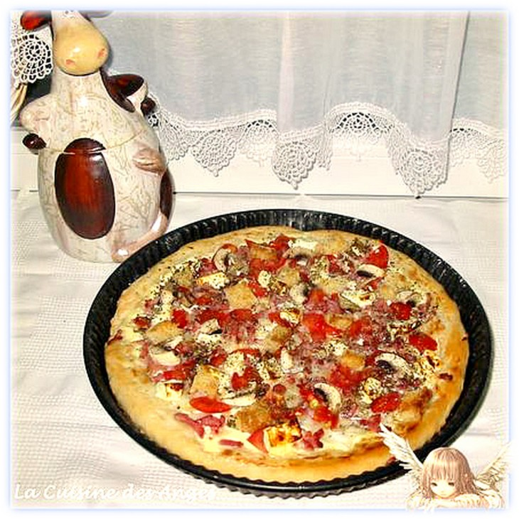 rcette de tarte salée tomates lardons champignons oignons sur base crème fraiche