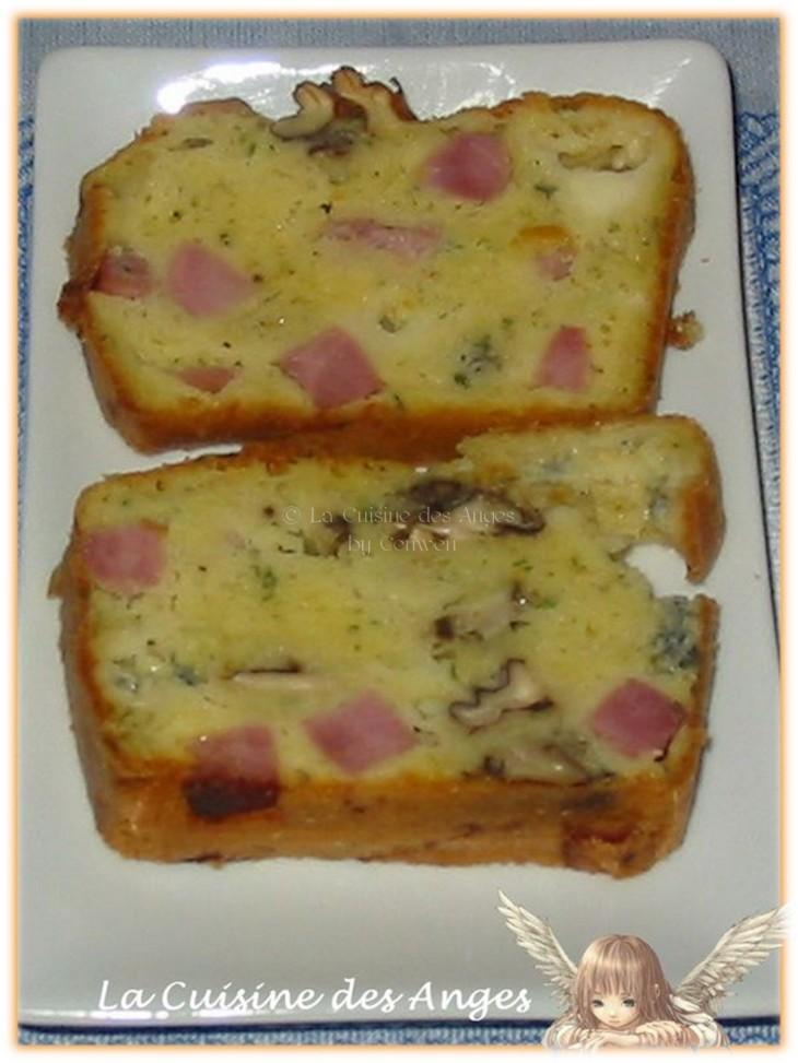 recette de Cake au  Roquefort, Jambon et Noix