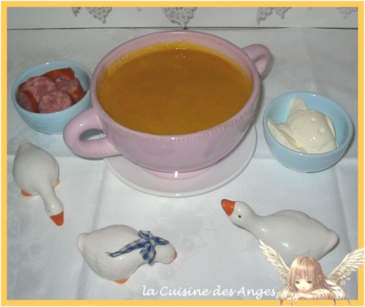 Recette de soupe ou velouté au potiron avec des carottes et de la semoule