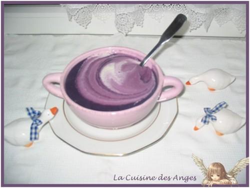 Recette de soupe ou velouté à base de chou rouge, pommes de terre et crème fraiche