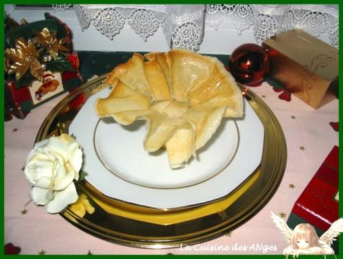 recette de fêtes petit budget à base de feuilles de brick, de pomme et de mousse de canard