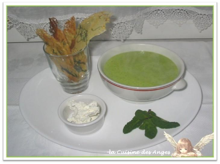 recette de potage ou velouté à base de courgettes et de fromage de chèvre frais