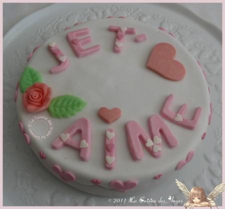 """Gâteau pour dire """"Je t'aime""""; citron vert, groseille et pavot"""