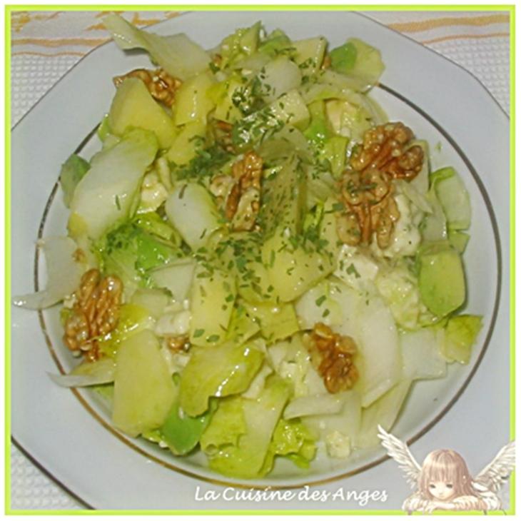 recette économique et facile de Salade d'endives à l'avocat, aux noix et Roquefort