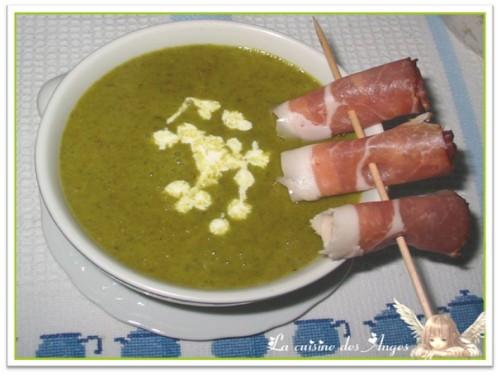 recette de potage ou velouté à base de cresson et de pommes de terre à déguster avec du jambon sec de la Forêt Noire