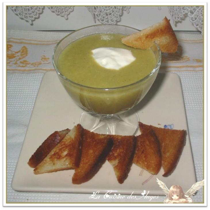 recette de velouté aux courgettes et pommes de terre, Chantilly au Bleu d'Auvergne
