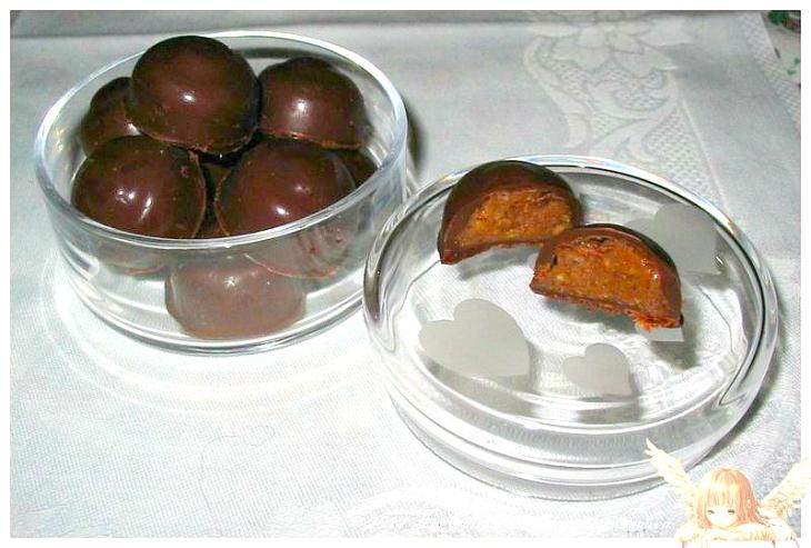 recette de Chocolats maison garnis d'une ganache au pralin  maison