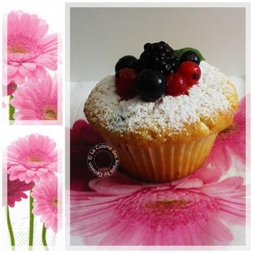 recette de muffins aux fruits rouges, parfumés à l'amande douce
