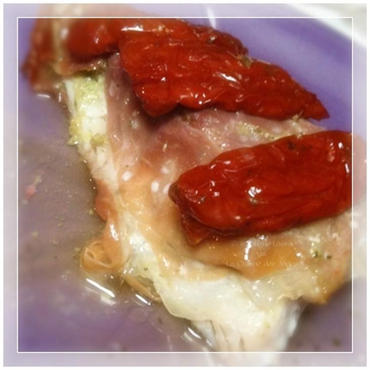 Recette de papillote de poisson, papillote de rouget cuite à la vapeur, poisson, tapenade, tomates séchées
