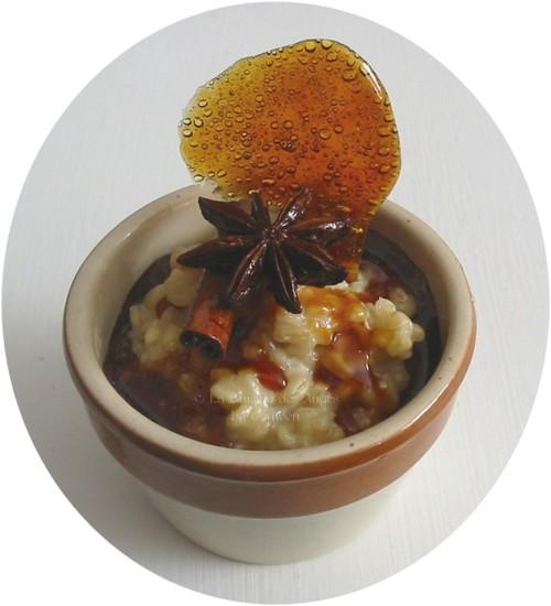 recette de blé, d'Ebly cuit au lait comme un riz au lait et tuile de caramel aux épices, cannelle et badiane