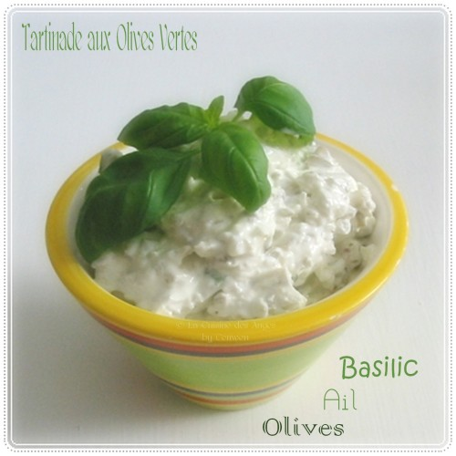 Recette de tartinade, crème à tartiner aux olives vertes, ail et basilic. Cuisiner avec un petit budget