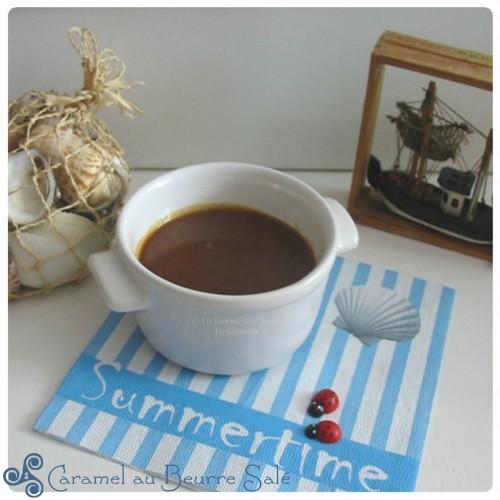 recette de caramel au beurre salé : sucre, beurre salé, crème fraiche, fleur de sel