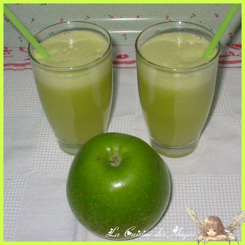 Cocktail, boisson  à la pomme verte et  au fenouil
