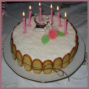 Gâteau d'Anniversaire : abricots, amandes etcitrons