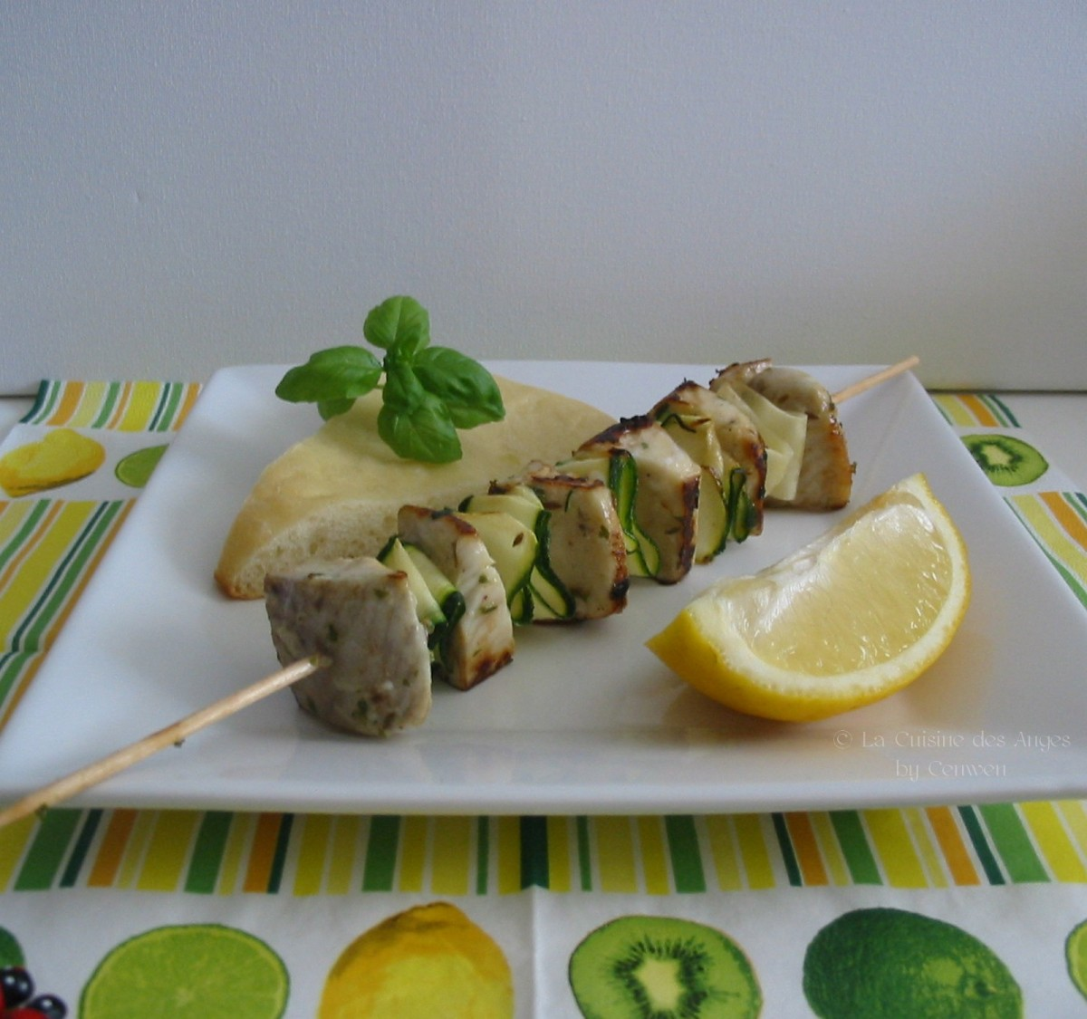 Kebab de poisson au citron et cumin la cuisine des anges for Poisson cuisine