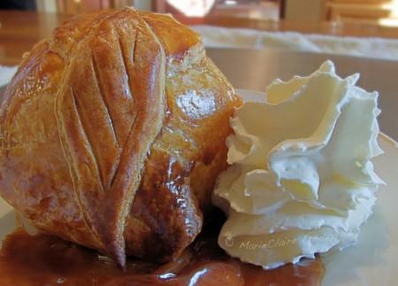 La Cuisine des Anges : Les bourdelots au caramel de beurre salé  du blog Du Miel et du Sel