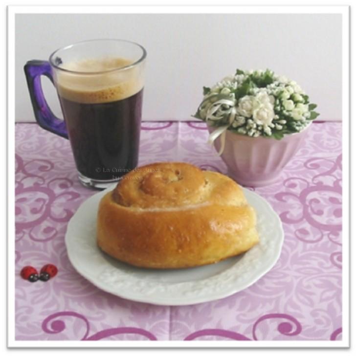 ○ { Un petit café et un petit roulé : le petit bonheur simple et gourmand ! } ○