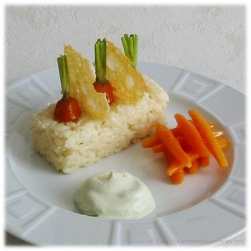 technique des carottes tournées puis glacées, risotto au parmesan, chantilly aux fanes de carottes