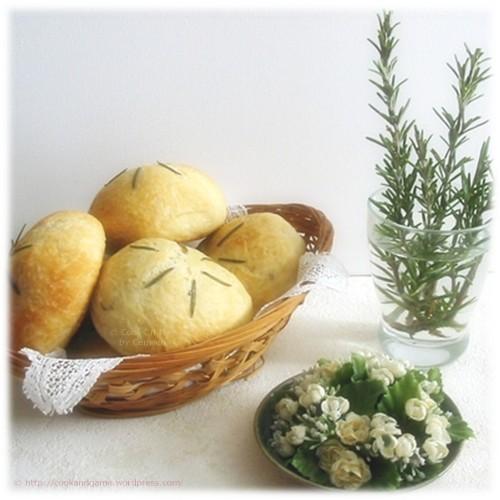 recette de petits pains au romarin et à l'huile d'olive