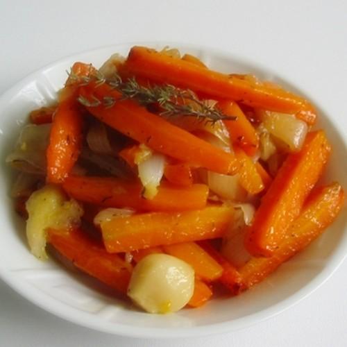 recette de légumes, carottes sautées au thym et au citron cuites en tajine