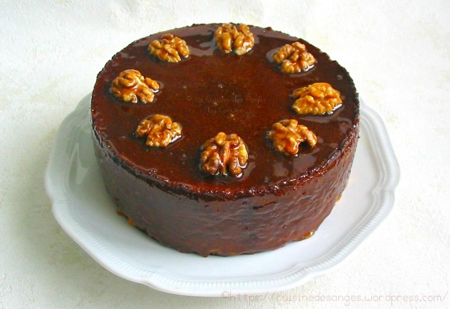recette de gâteau, recette du Cenwenoix, un gâteau régional aux noix et chocolat avec un nappage au caramel à la vanille