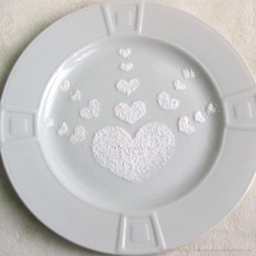 Comment décorer une assiette avec des motifs en sucre glace