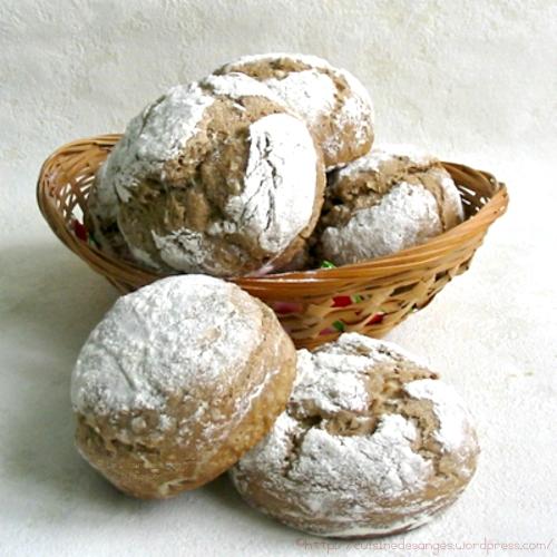 recette de pain à base de farine de seigle, avec des graines de tournesol
