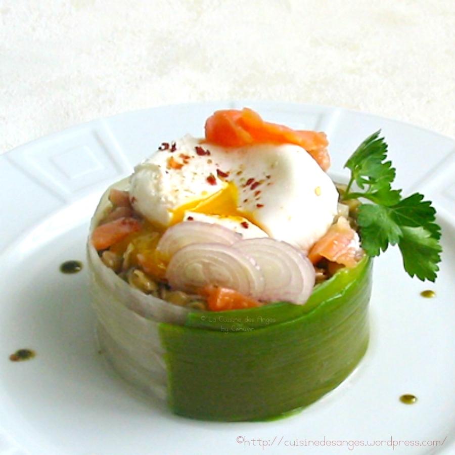 Salade de lentilles au saumon fumé et oeufpoché