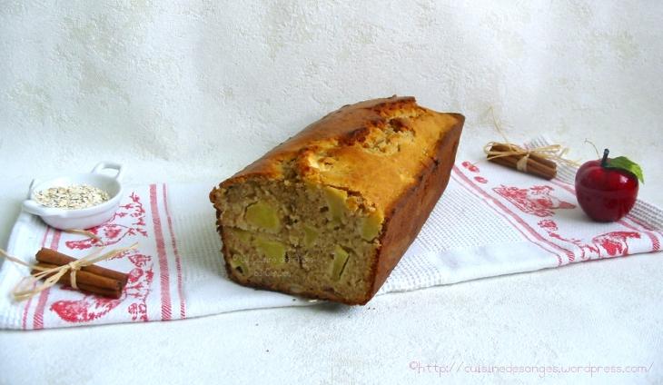 recette économique de gâteau à base de pommes, noisettes, flocons d'avoine et cannelle