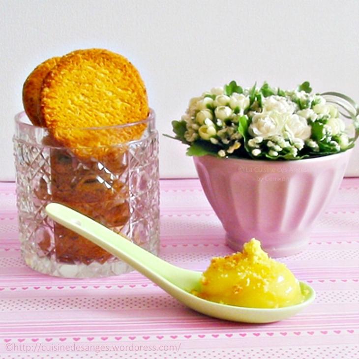 recette de lemon curd, crème à base de citrons, d'oeufs et de beurre, idéale pour faire la tarte au citron
