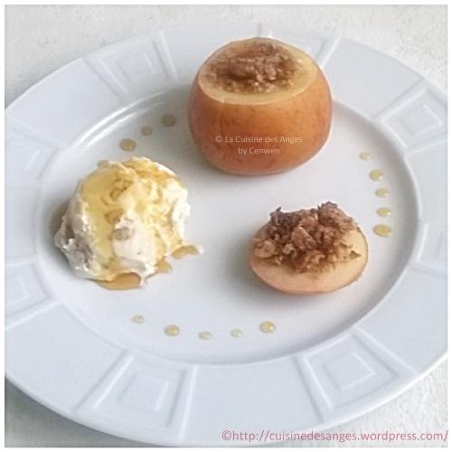 recette économique de pommes farcies avec des flocons d'avoine, du beurre, du sucre, de la cannelle, puis cuite soit au four, soit à l'étouffée à la casserole