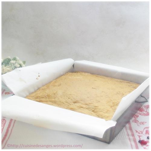Recette de carrot cake léger à base de compote de pommes, carottes râpées et cannelle avec un glaçage au fromage frais
