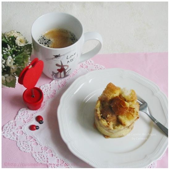 Recette économique et facile de gâteau de pain cuit à la mijoteuse