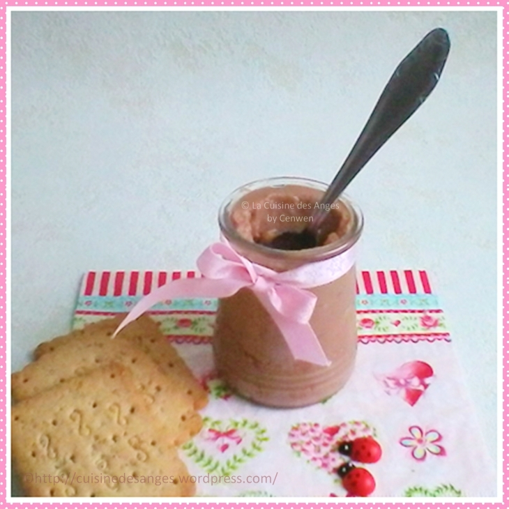 Recette vegan, végétalienne de crème au chocolat sans lactose